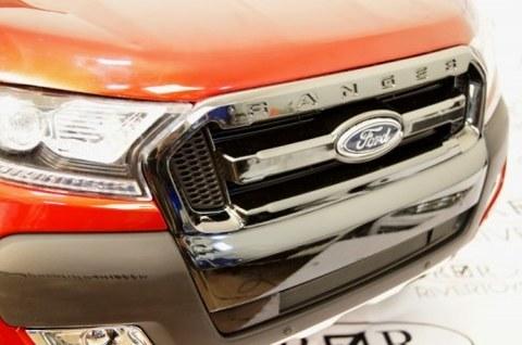 Электромобиль Rivertoys Ford Ranger 4WD вишневый глянец (NEW-FORD-RANGER-CHERRY-GL)