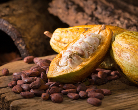Какао-бобы цельные