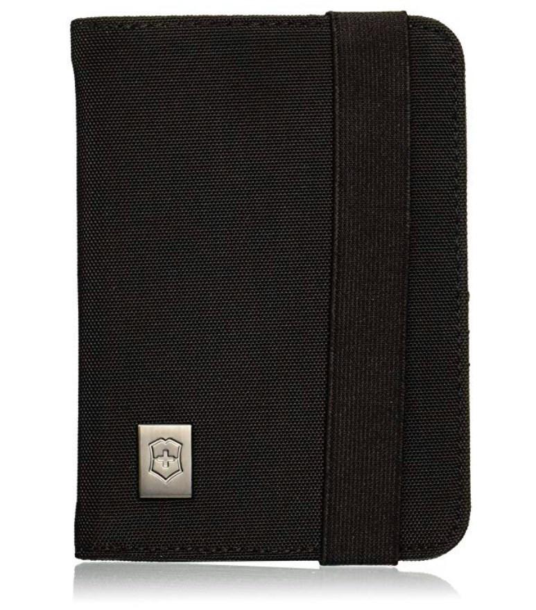 Обложка Victorinox для паспорта, с отделениями для карт, защита от сканирования RFID, цвет чёрный, нейлон 800D, 14х10x1 см. (31172201) | Wenger-Victorinox.Ru