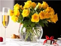 Картина раскраска по номерам 40x50 Букет желтых роз в праздничный день