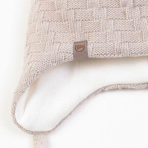 Шапка зимняя на завязках с помпоном