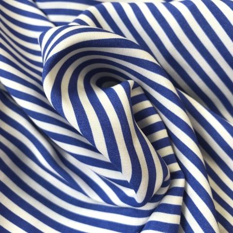 Ткань вискоза в голубую узкую полоску 3281