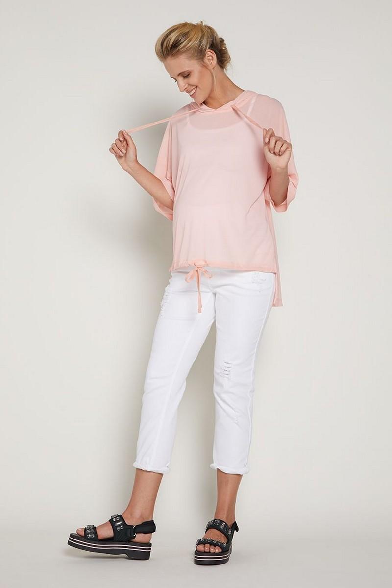 Фото джинсы для беременных GEBE, укороченные, свободные, рваные элементы, широкий бандаж от магазина СкороМама, белый, размеры.