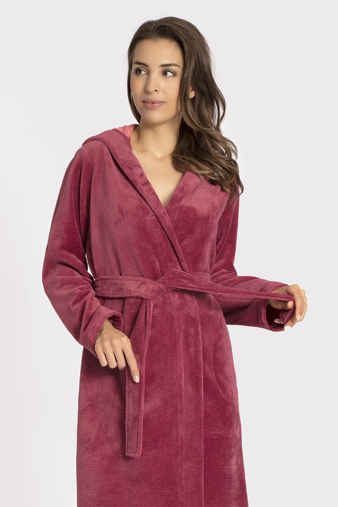 Махровый халат с велюром Taubert