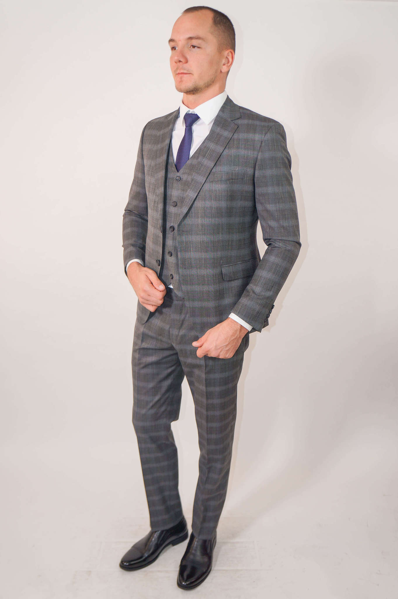 Костюмы Slim fit ANTONIO ROSSI / Костюм - тройка slim fit DSC02424.jpg