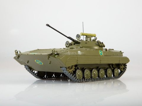 Armored personnel carrier BMP-2 Our Tanks #29 MODIMIO Collections 1:43