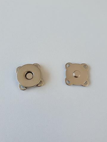 Кнопка магнитная пришивная диаметр 18 мм, цвет серебро