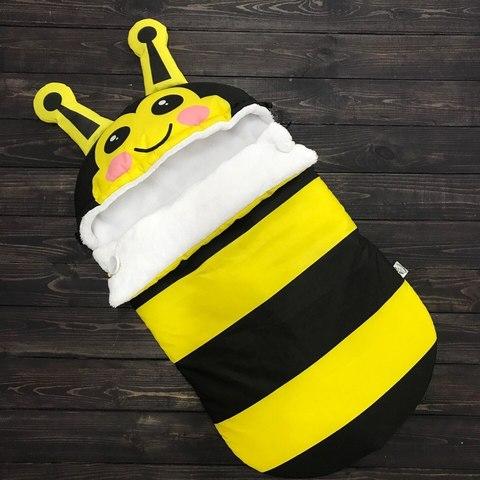 Зимний конверт кокон на выписку Пчелка