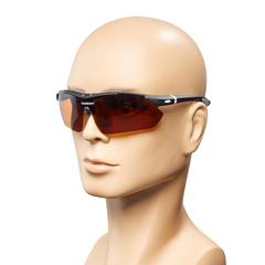 Отрегулируйте носовые упоры под свой  тип лица. Ощутите  полный контакт с очками.