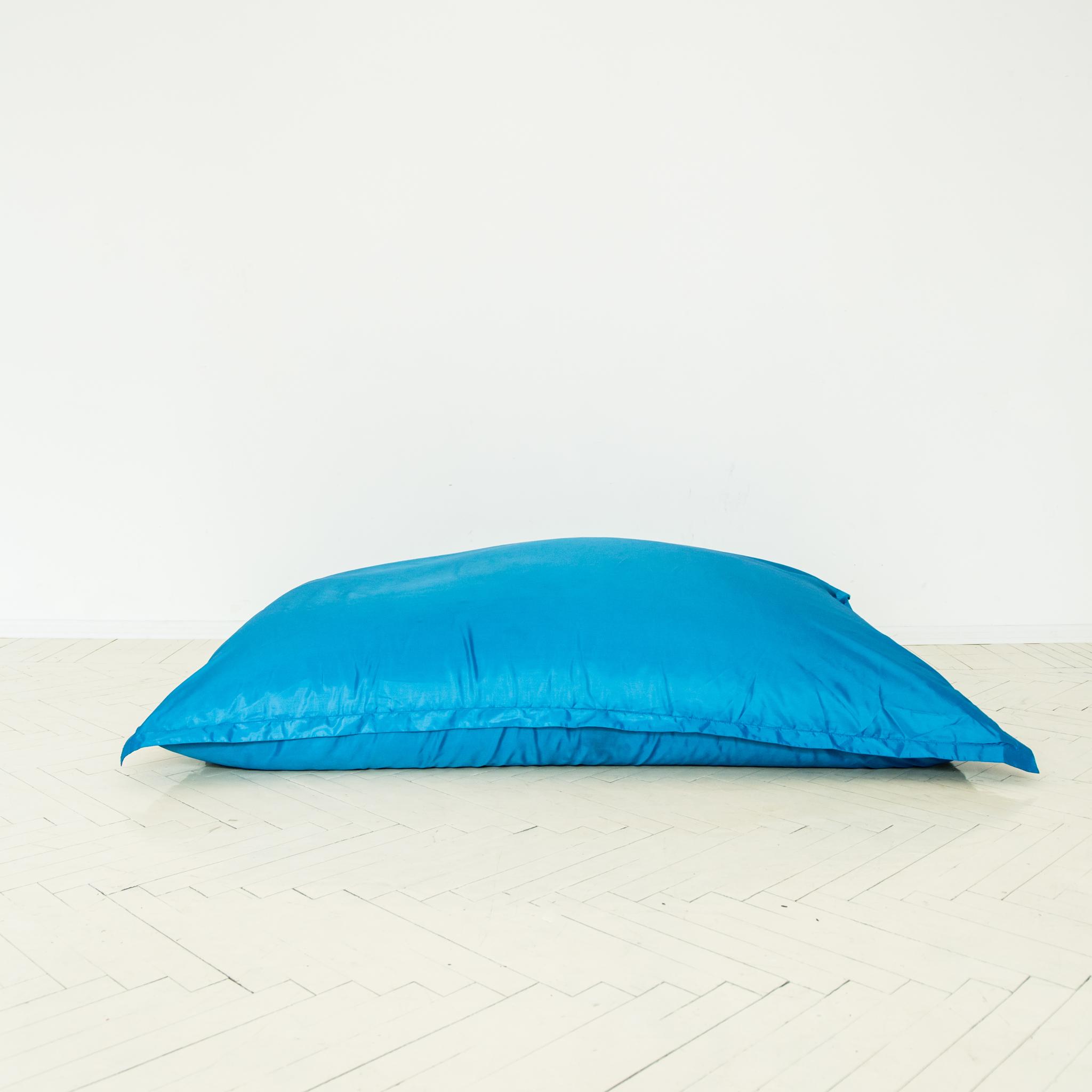 Подушка голубая