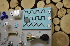 Бизиборд стандарт 50х65 см Базовой комплектации Бирюзовый для мальчика