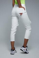 Женские белые джинсы с дырками недорого