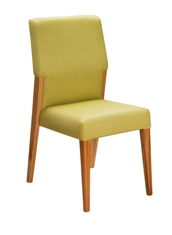 стул в скандинавском стиле