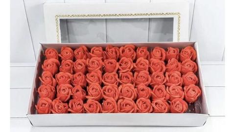 Ароматные мыльные бутоны роз в коробке оранжевые (50 штук)