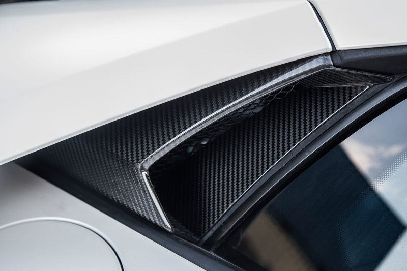Карбоновые воздухозаборники боковых окон Novitec Style для Lamborghini Huracan