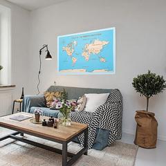 Карта путешественника из дерева Blue фото в интерьере