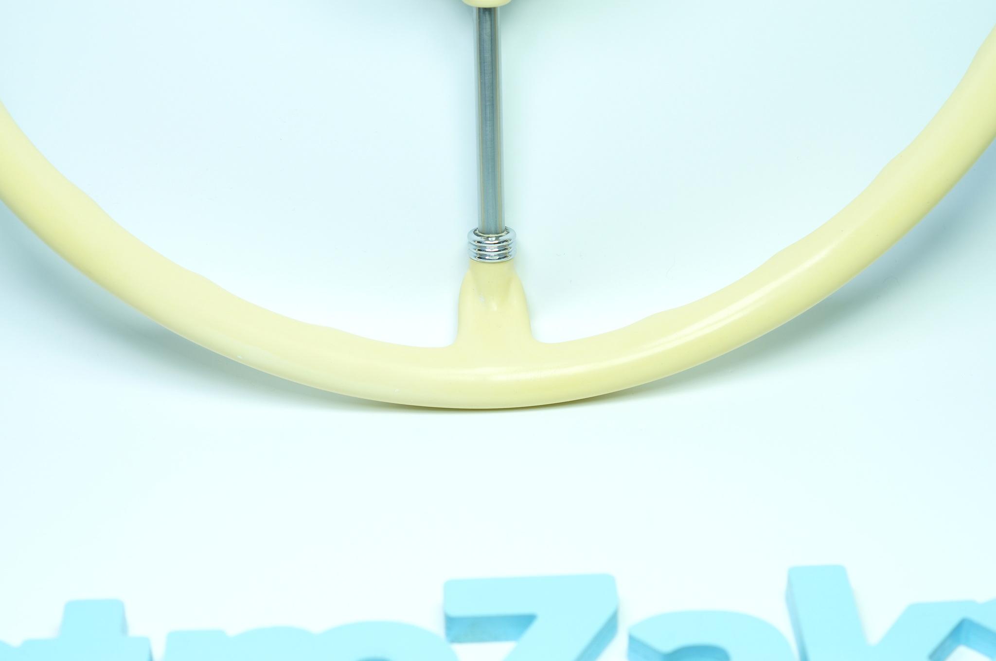 Руль слоновая кость Газ 21
