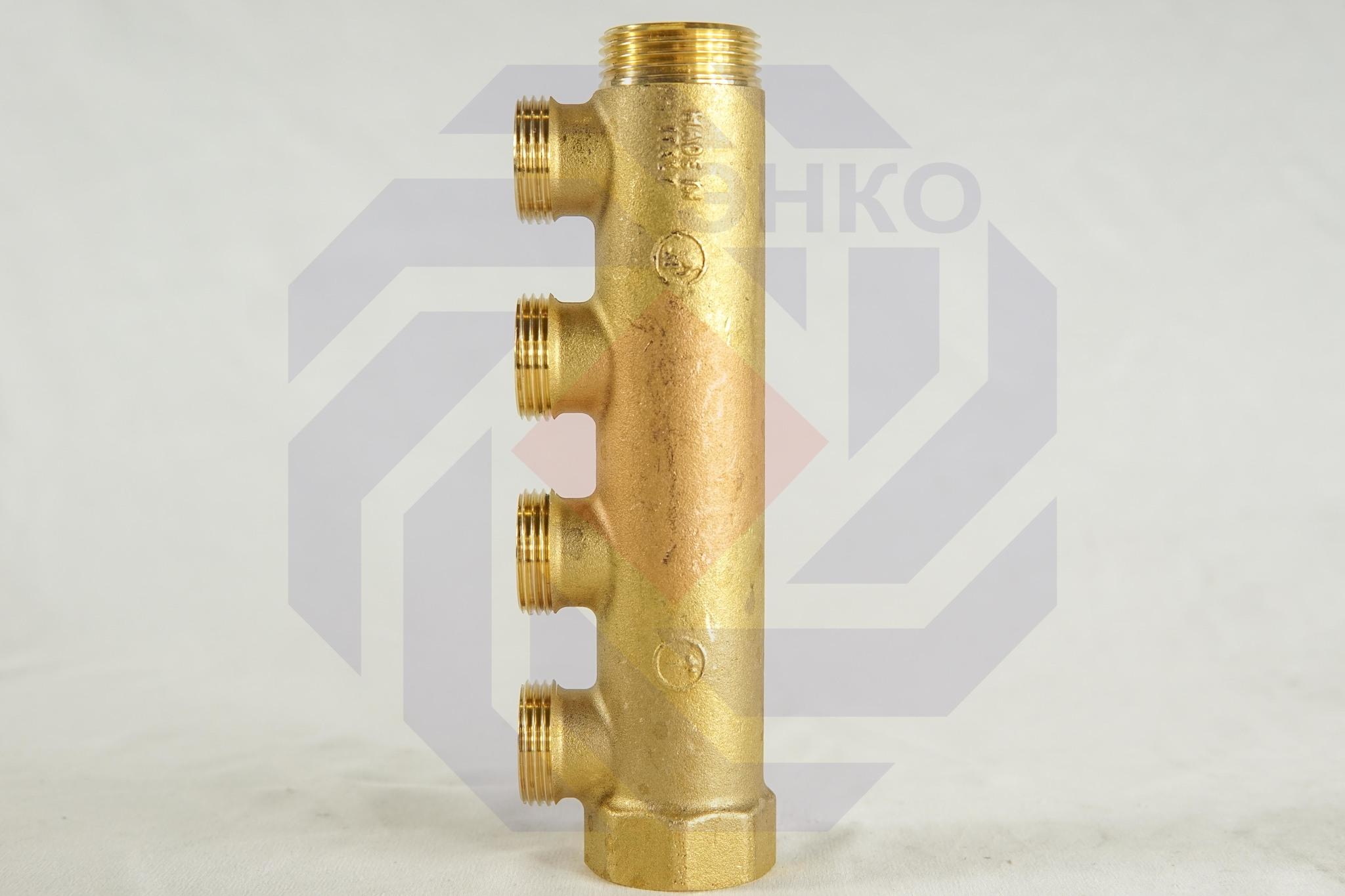 Коллектор сантехнический GIACOMINI R580С 4 отвода