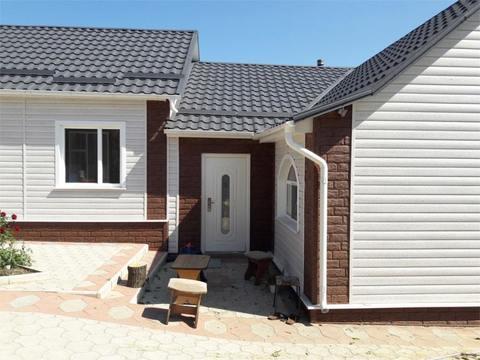 Сайдинг Ю пласт Стоун Хаус жженый камень 3025х225 мм
