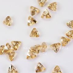 6628 Подвеска Сваровски Треугольник Crystal Golden Shadow (8 мм)