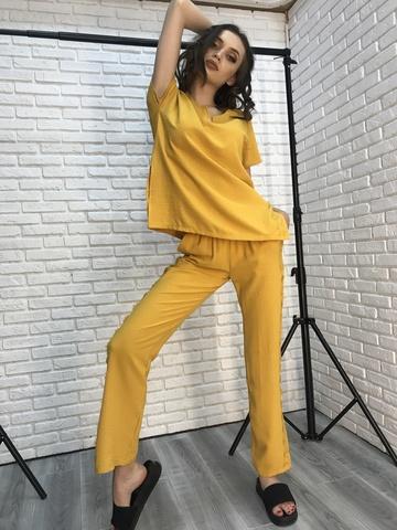Костюм женский желтый с брюками недорого