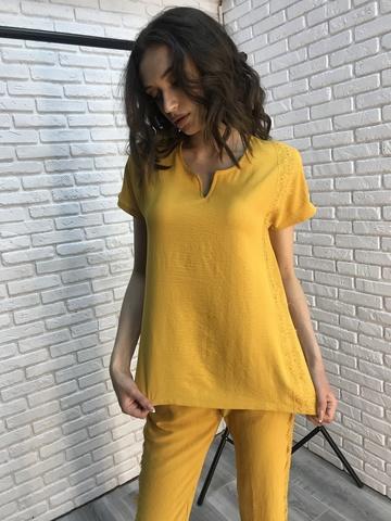 Костюм женский желтый с брюками купить