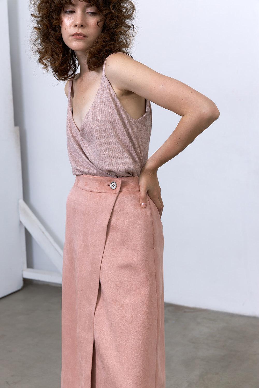 Топ двусторонний на широких лямочках трикотаж/шелк, пудрово-розовый