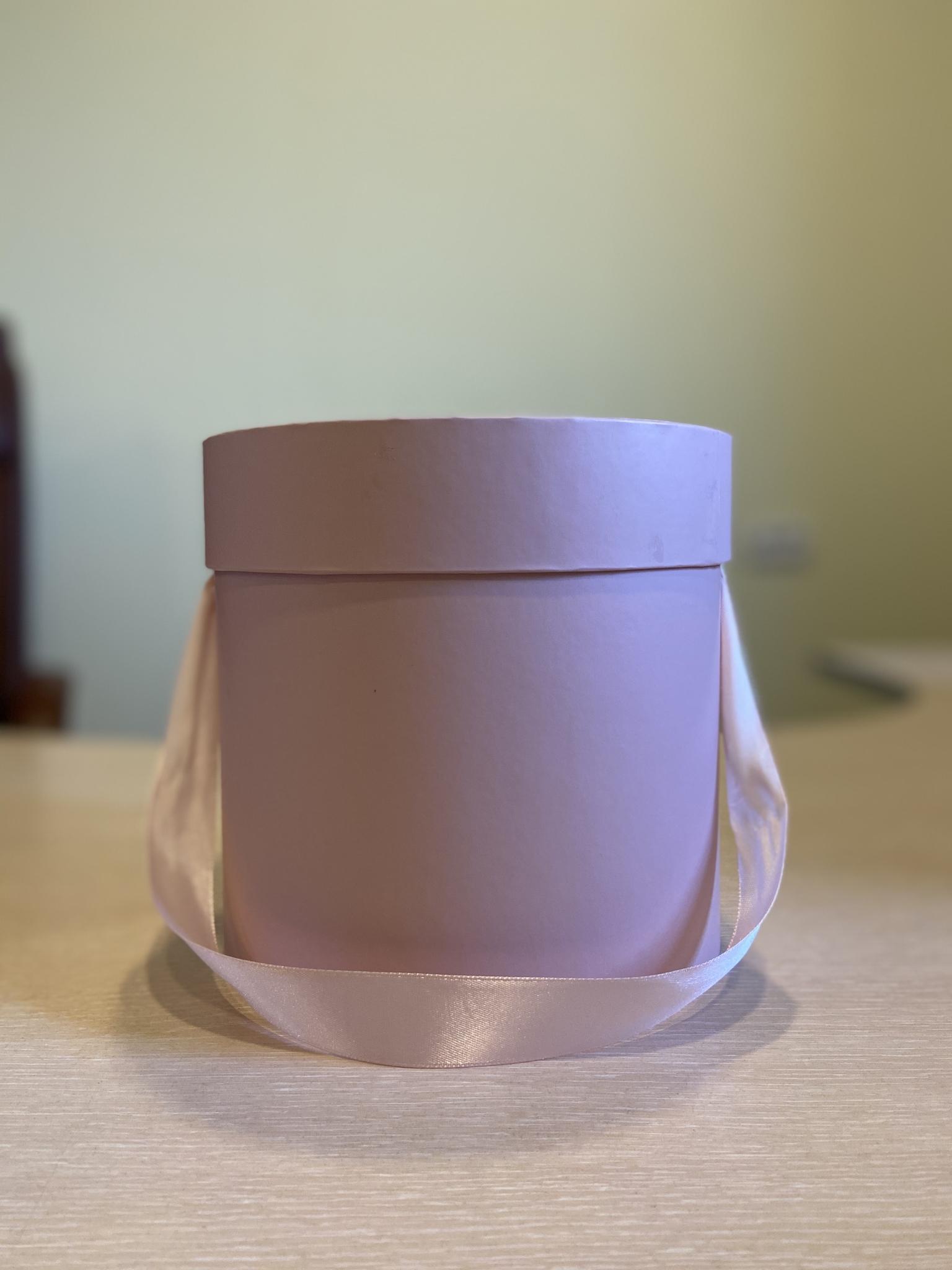 Шляпная коробка эконом вариант 16 см  Цвет; Пыльный розовый  . Розница 300  рублей .