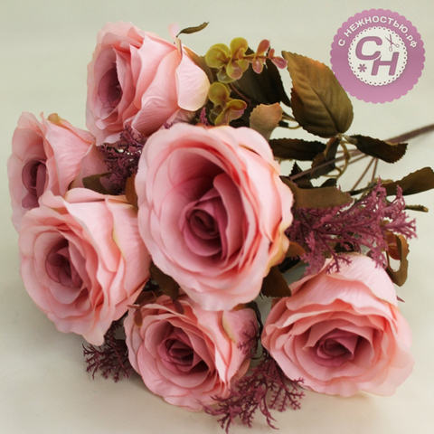 Розы искусственные евро с добавкой туи, букет 7 цветков, 9 см.