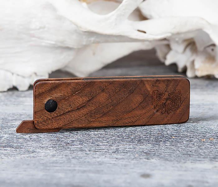 RAZ367 Деревянная складная расческа из ореха и граба фото 02