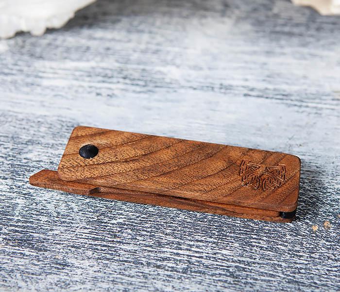 RAZ367 Деревянная складная расческа из ореха и граба фото 03