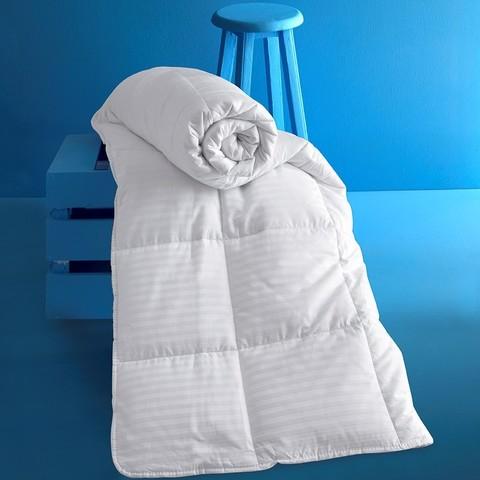 Одеяло VIVA сатин с наполнителем микрогель.