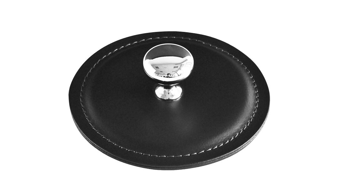 Пресс-папье серии Бизнес кожа Cuoietto цвет черный диаметр 11,5 см.