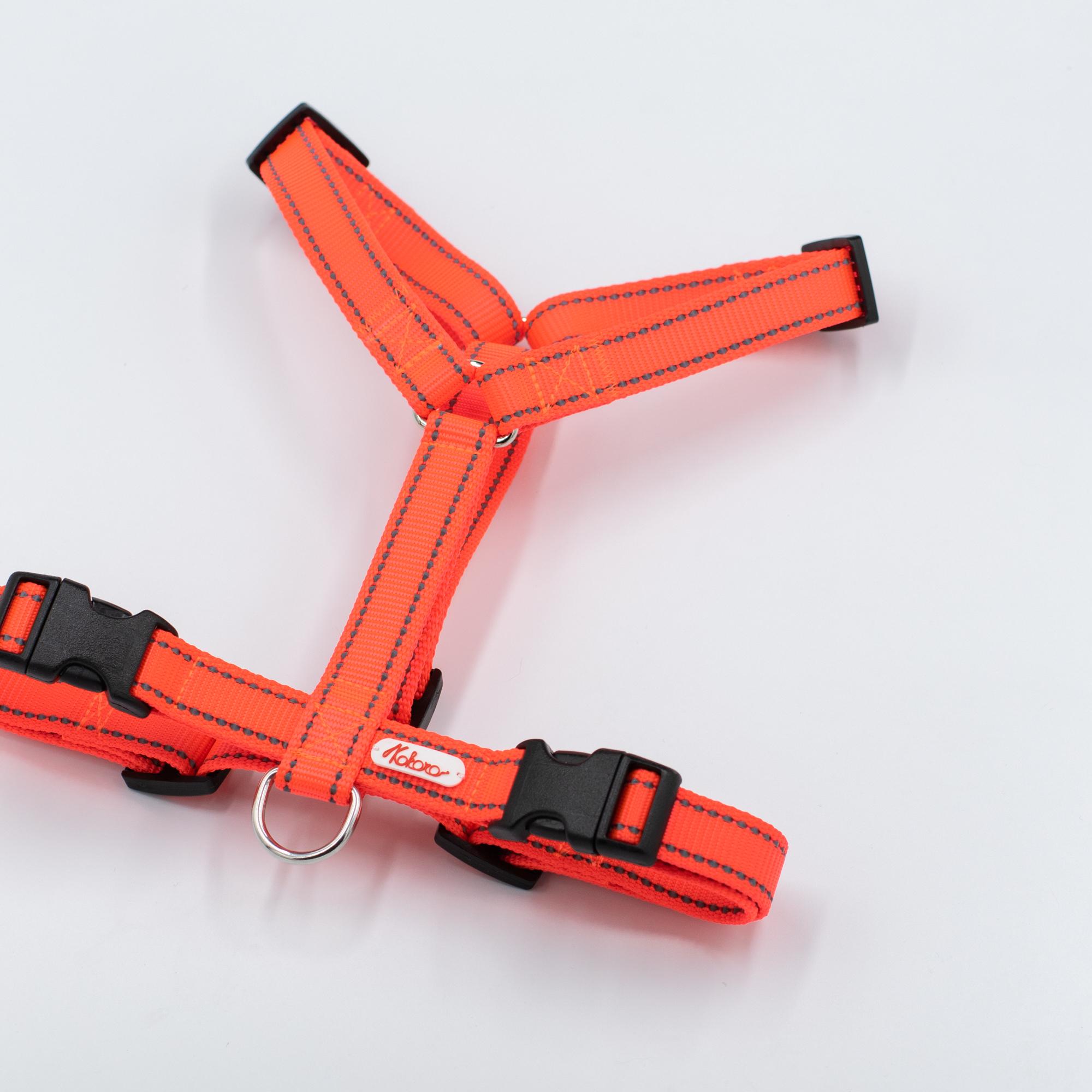 Шлейка из стропы. Неоновый оранжевый светоотражающий