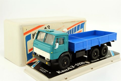 KAMAZ-5320 green-blue (plastic box) 1990 Elecon Arek Made in USSR 1:43