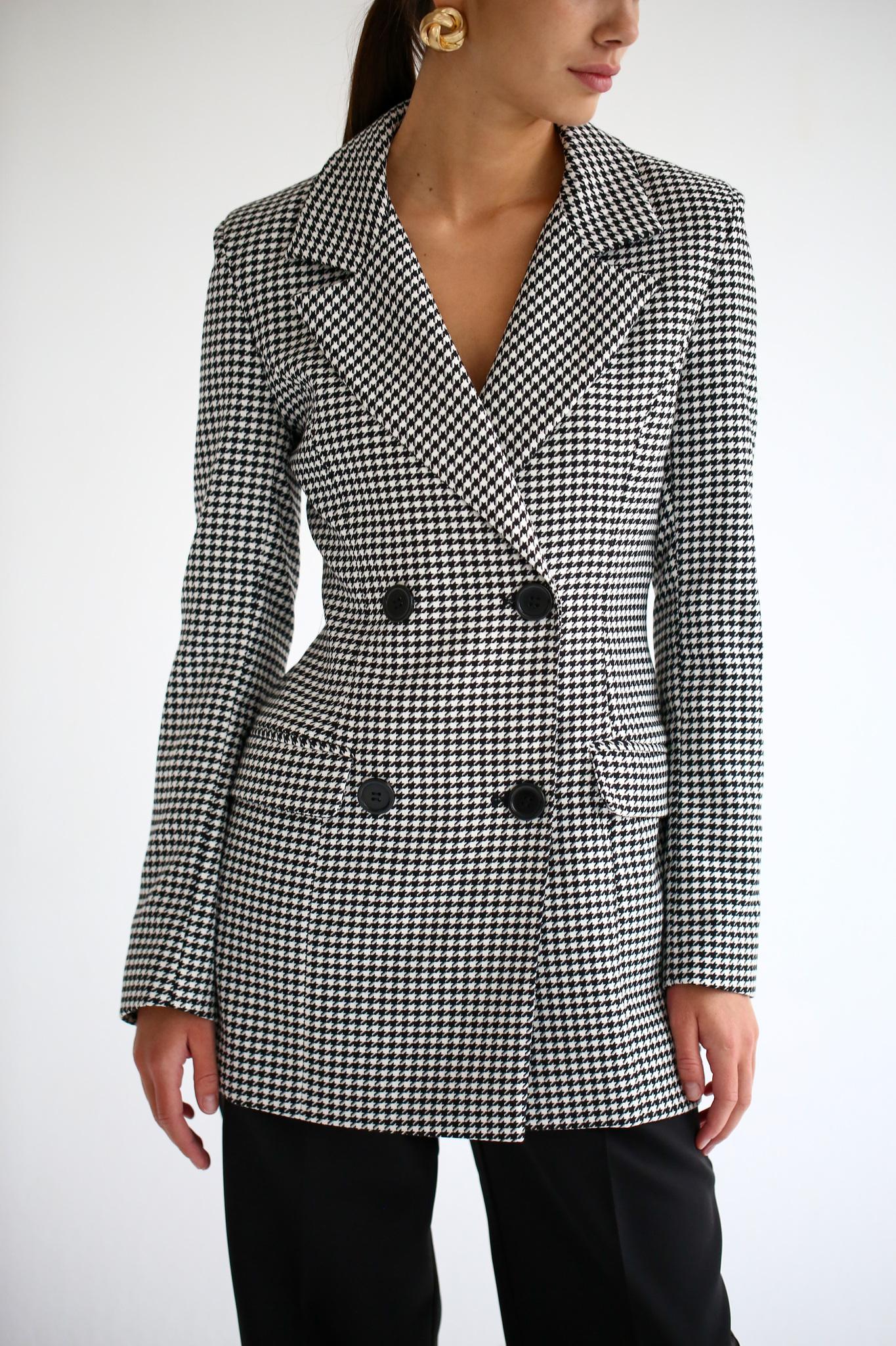 Пиджак приталенный двубортный в гусиную лапку (черно-белый)