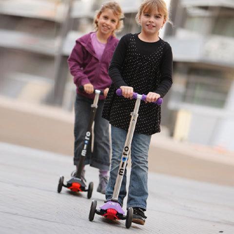 дети на micro-scooter maxi micro