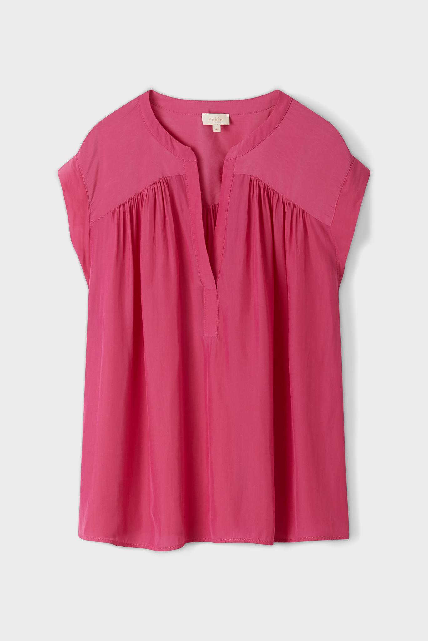 Блуза цвета фуксия