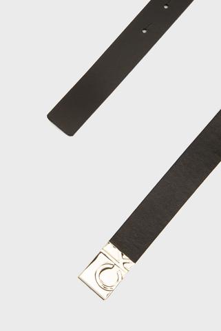 Женский черный кожаный ремень SQUARE PLAQUE BUCKLE Calvin Klein