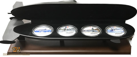 """Набор """"Подводные лодки мира"""" 2 доллара, серебро .Фиджи  2010 год"""