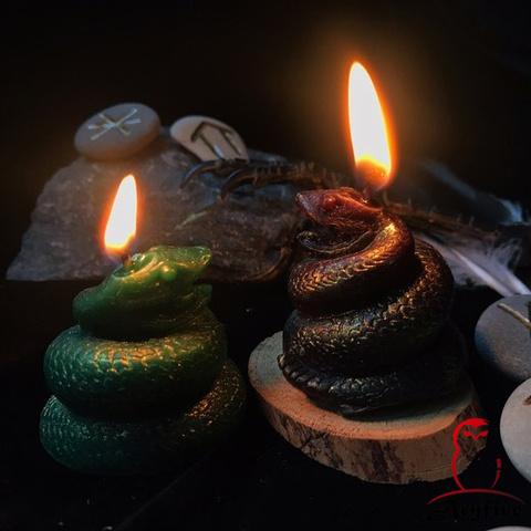Свеча «Змея»