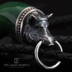 Амулет Клык Вепря. Зелёный нефрит (класс модэ), серебро 925 (9г.).