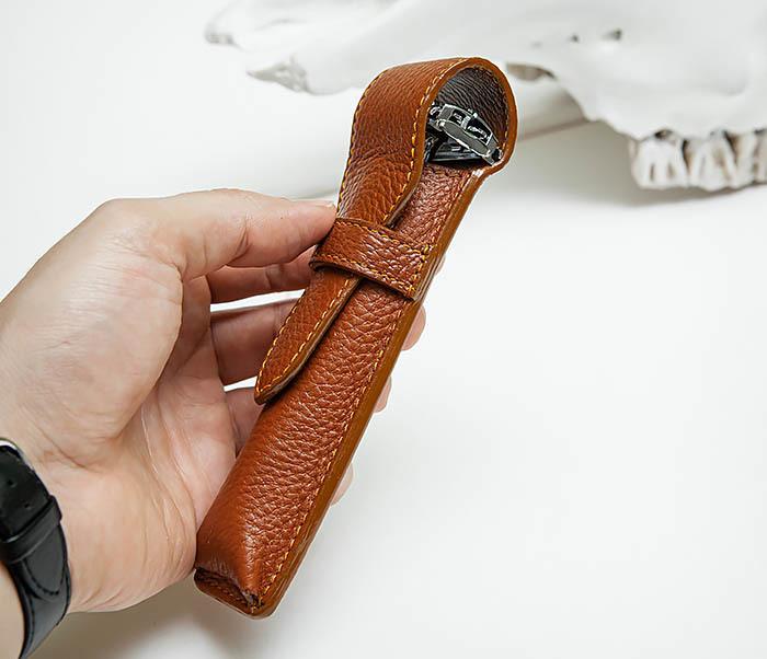 RAZ502-2 Чехол «PARKER» из натуральной кожи для опасной бритвы (коричневый) фото 05