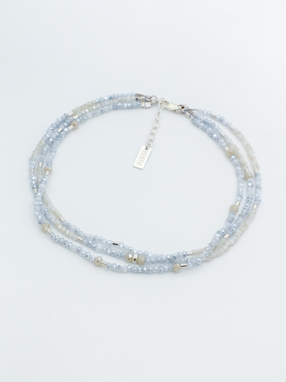 Браслет из голубого, белого хрусталя с серебром  оптом и в розницу