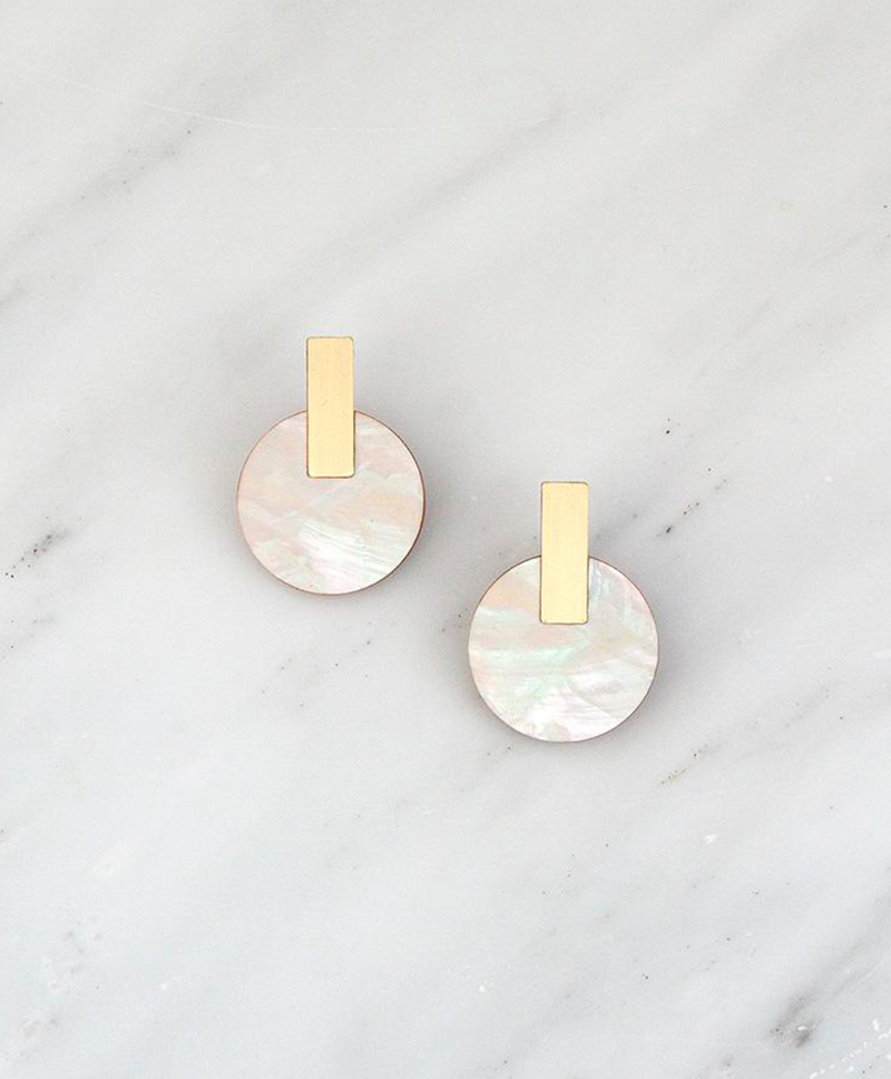 Серьги Aura Studs Mother of Pearl