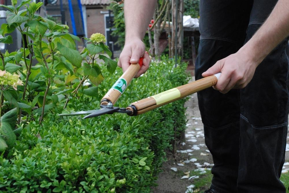 Ножницы садовые для живой изгороди Okatsune 204