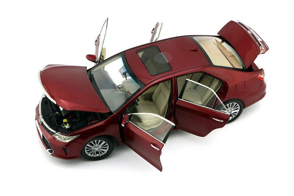 Коллекционная модель TOYOTA CAMRY V50 2015 RED