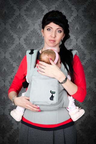 Эргономический слинг-рюкзак Амаеру Стокгольм с черной кошкой