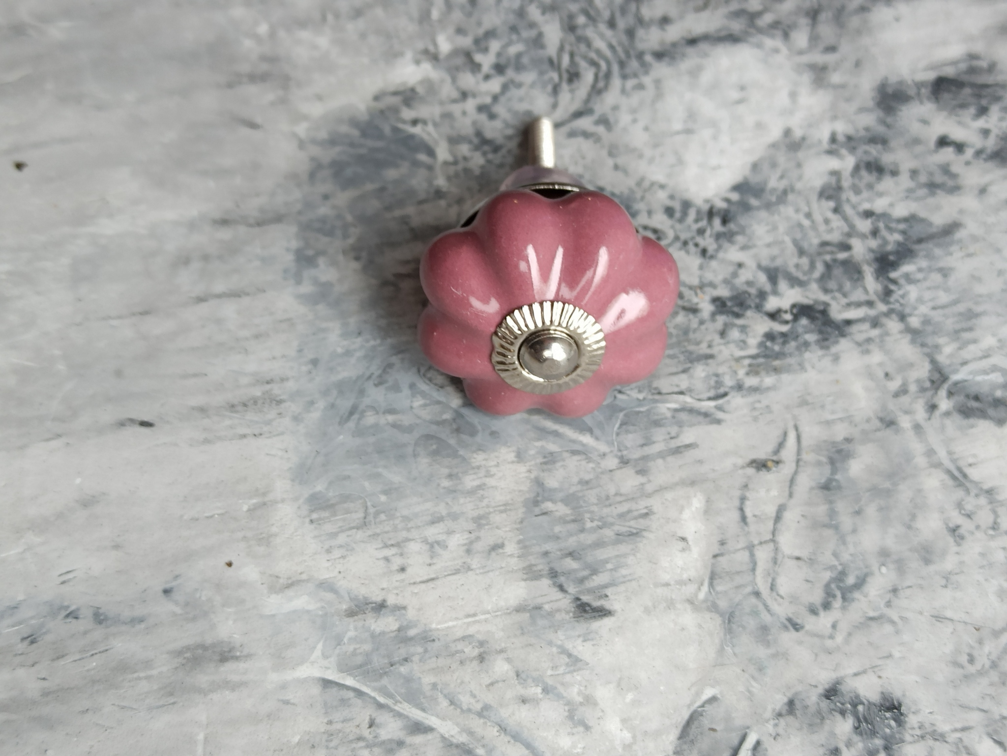 Ручка мебельная керамическая лилового цвета, арт. 00001227