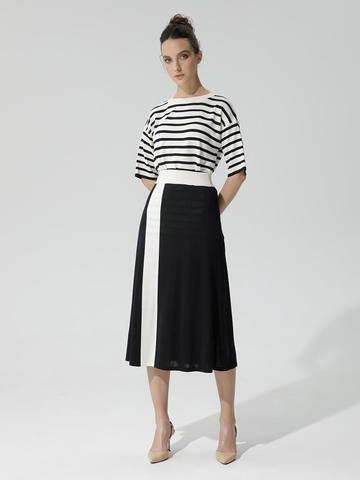 Женская юбка черного цвета с контрастной полосой из шелка и вискозы - фото 2